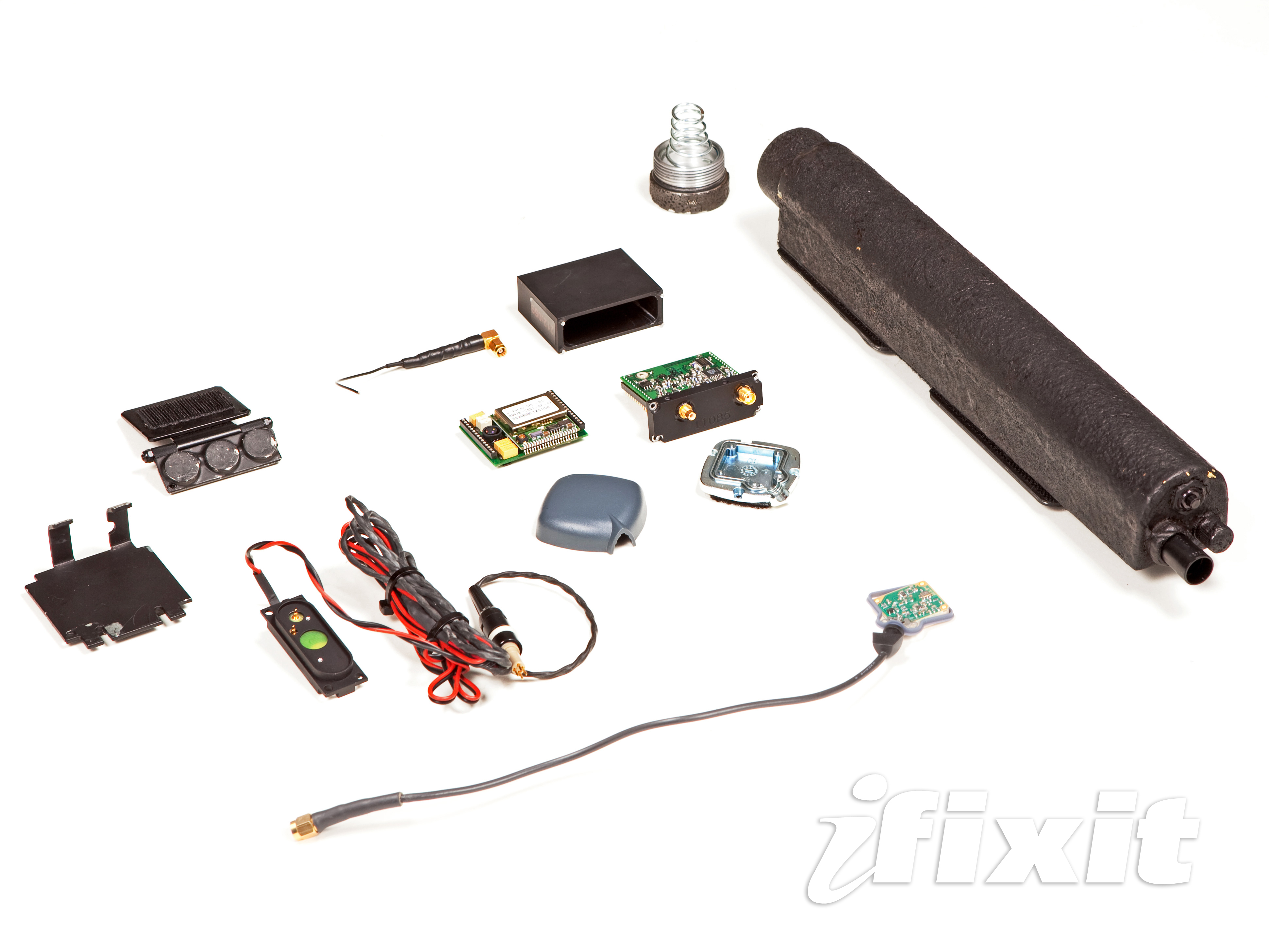 FBI Tracker Looks Like A Pipe Bomb