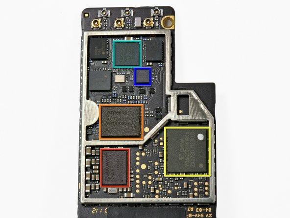 Nový iPad rozebraný od iFixit